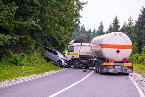 Best-rated Oregon injury lawyers for commercial trucking accident injury